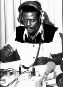 MANO-RADIO-CARAÏBES-1976-218x300